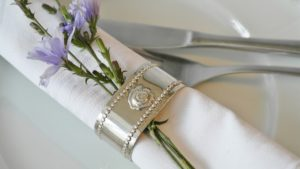 An image of restaurant table linen on a table.